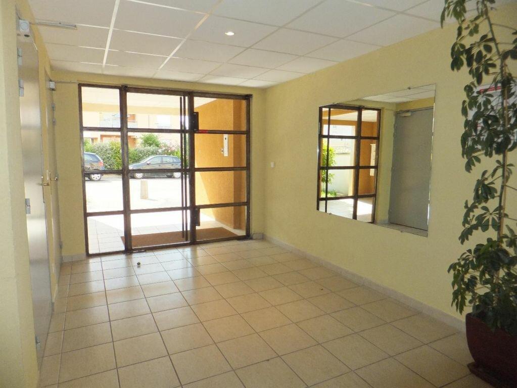 Achat Appartement 3 pièces à Vaison-la-Romaine - vignette-6