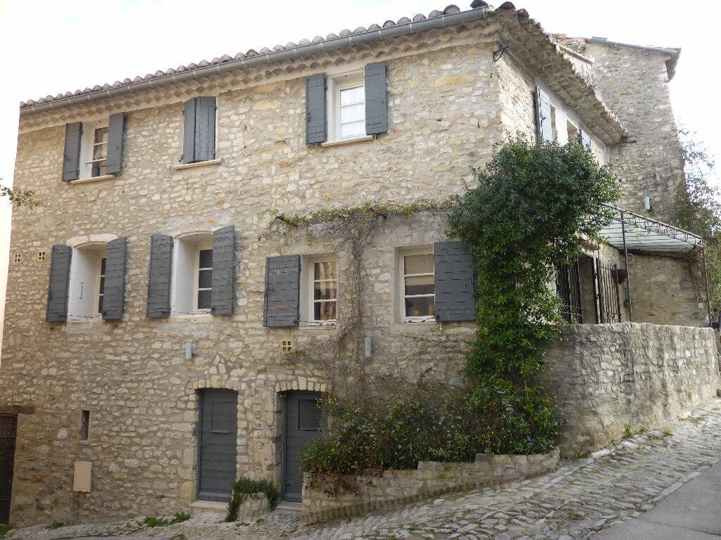 Achat Maison 3 pièces à Vaison-la-Romaine - vignette-1