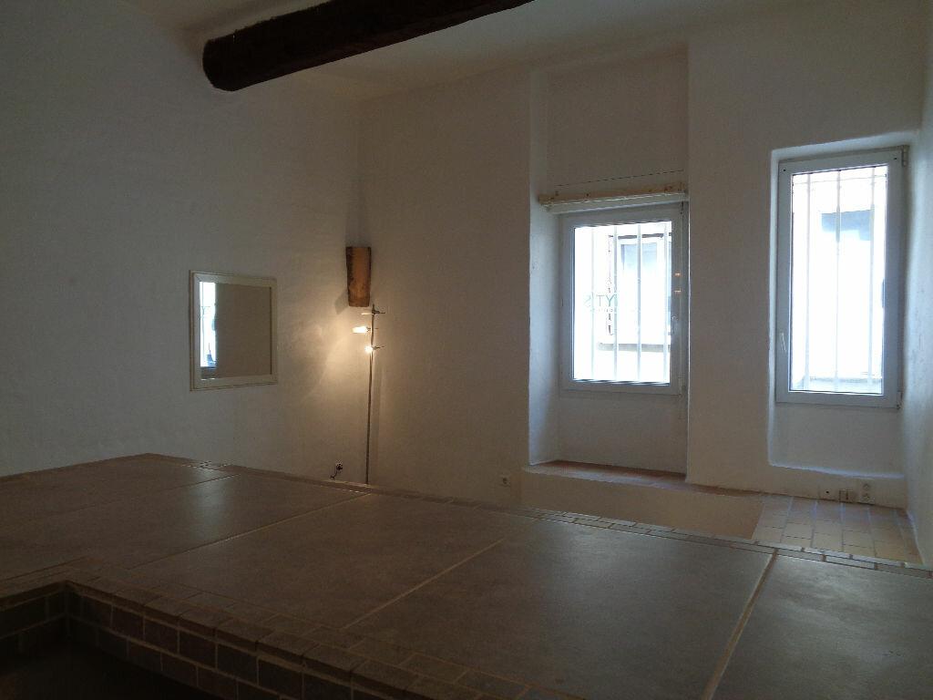 Achat Appartement 1 pièce à Vaison-la-Romaine - vignette-5