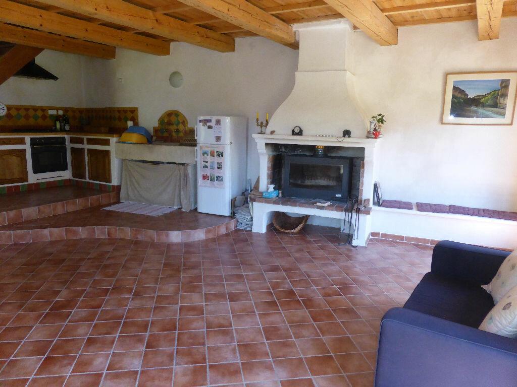 Achat Maison 4 pièces à Saint-Léger-du-Ventoux - vignette-2