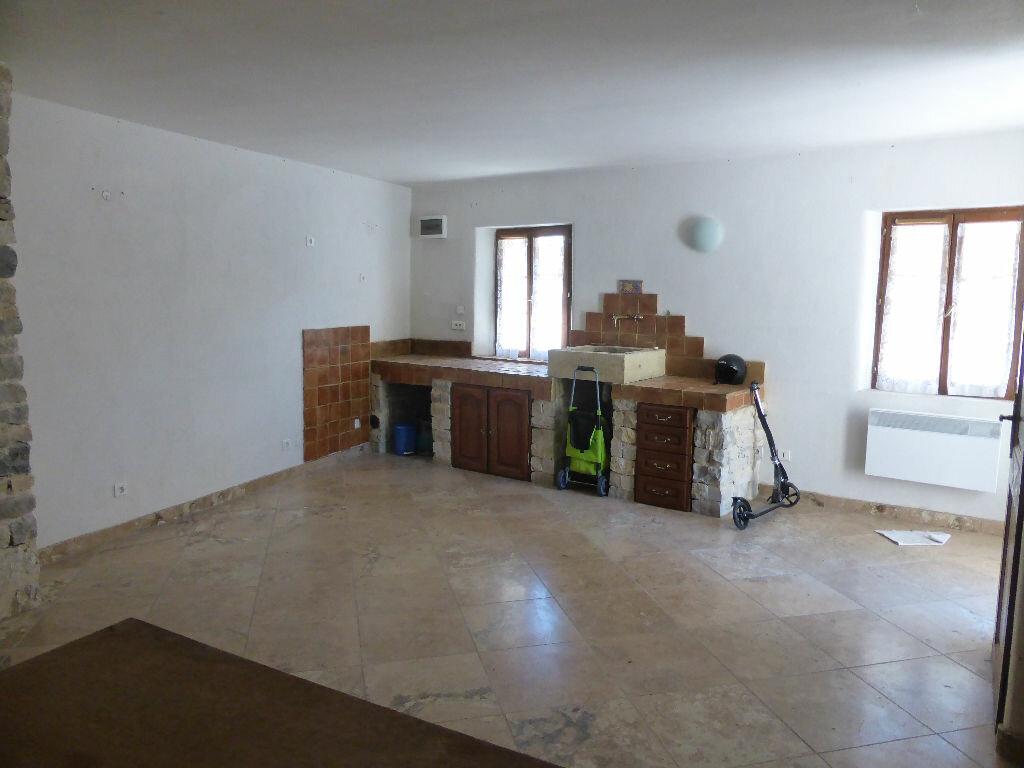 Achat Maison 4 pièces à Saint-Léger-du-Ventoux - vignette-11