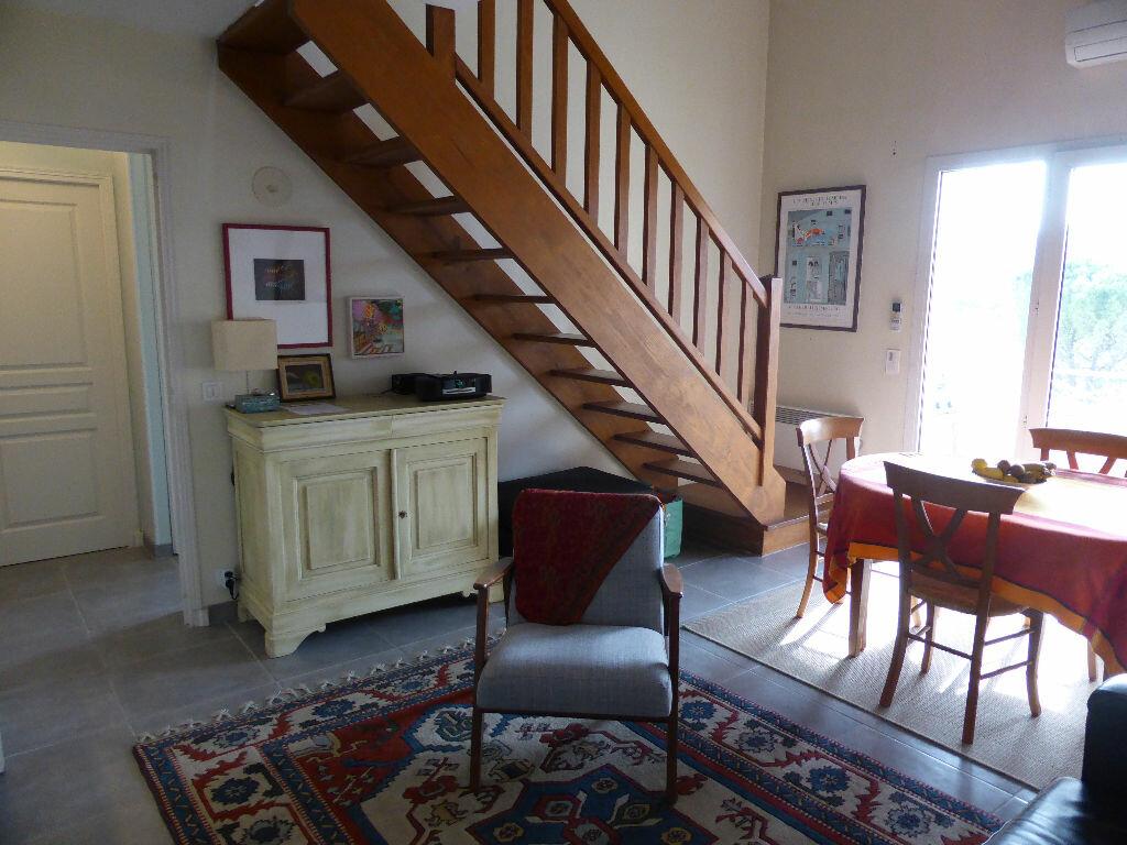 Achat Appartement 3 pièces à Vaison-la-Romaine - vignette-1