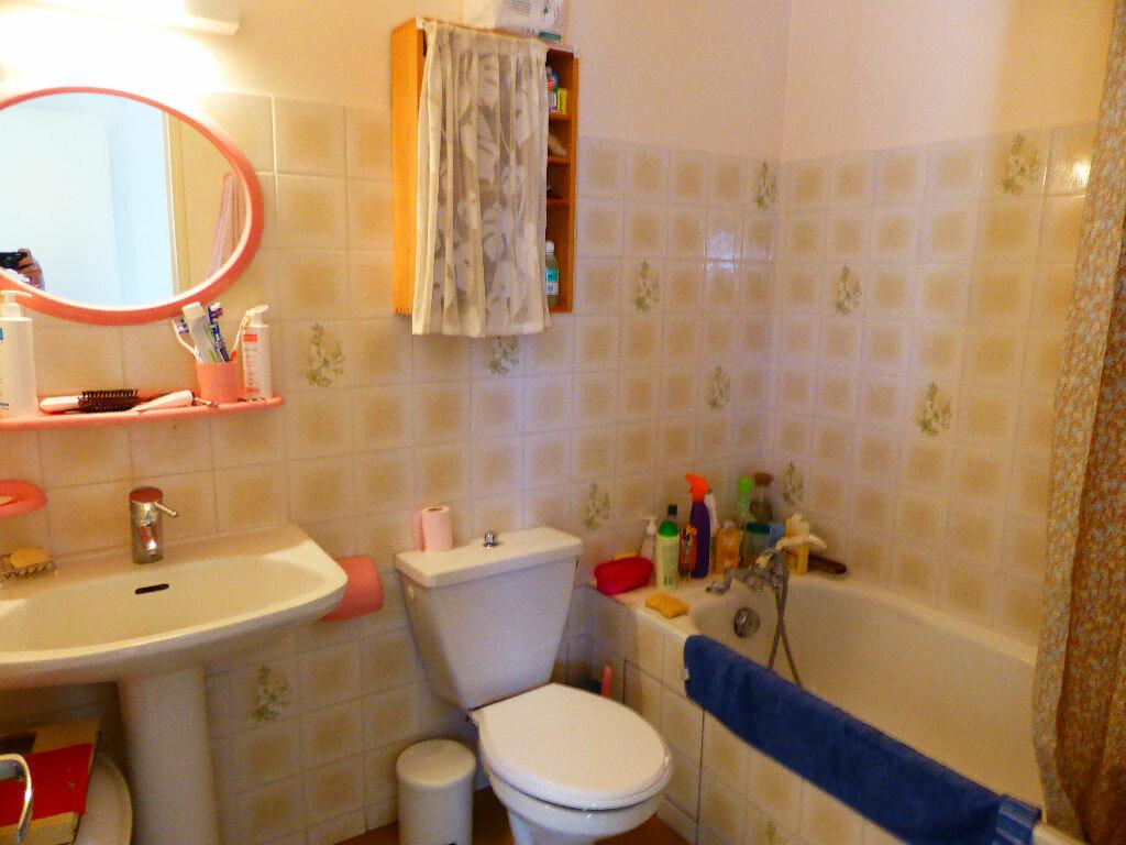 Achat Appartement 1 pièce à Vaison-la-Romaine - vignette-4