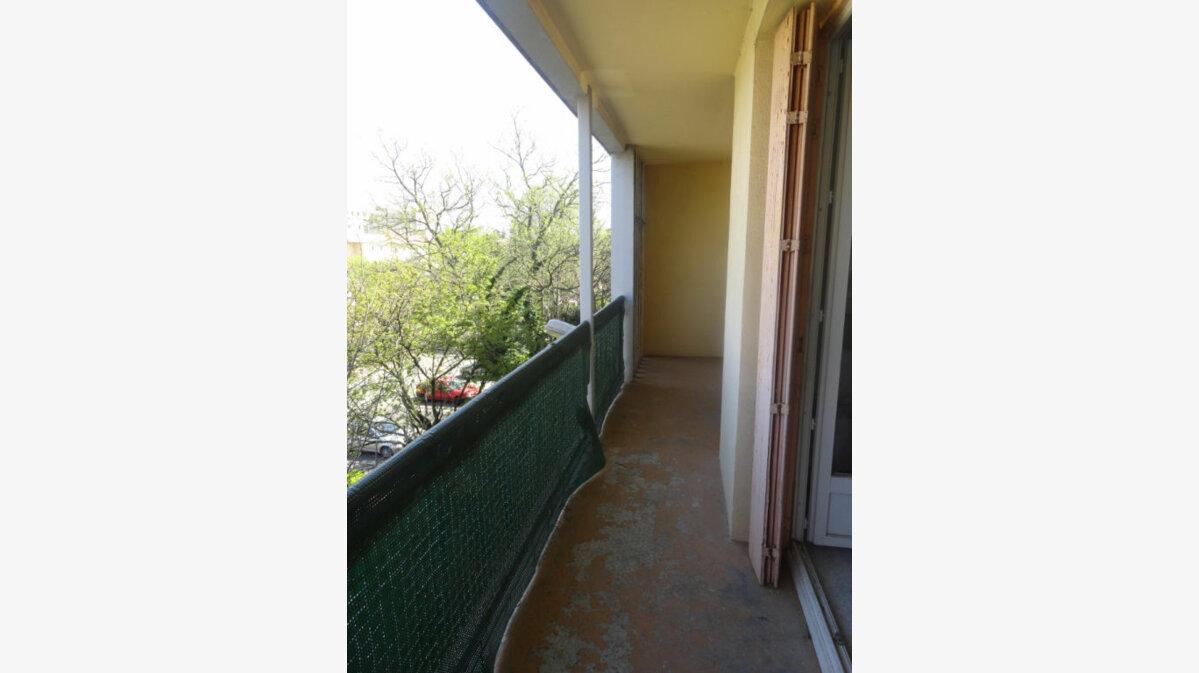 Achat Appartement 3 pièces à Avignon - vignette-3
