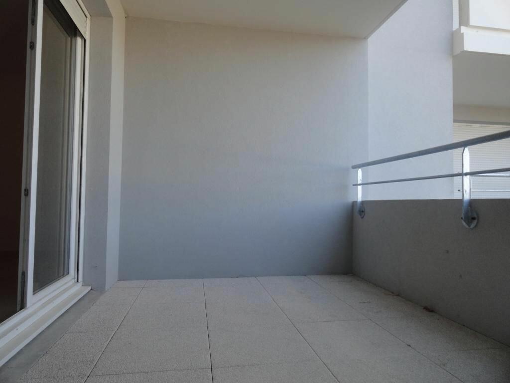 Location Appartement 2 pièces à Avignon - vignette-4