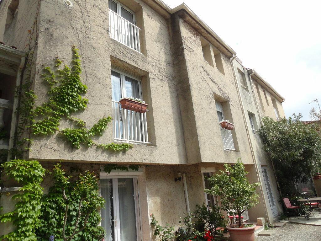 Achat Immeuble  à Avignon - vignette-1