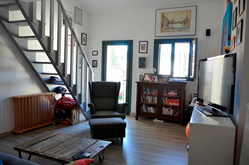 Achat Maison 4 pièces à Rochefort-du-Gard - vignette-3