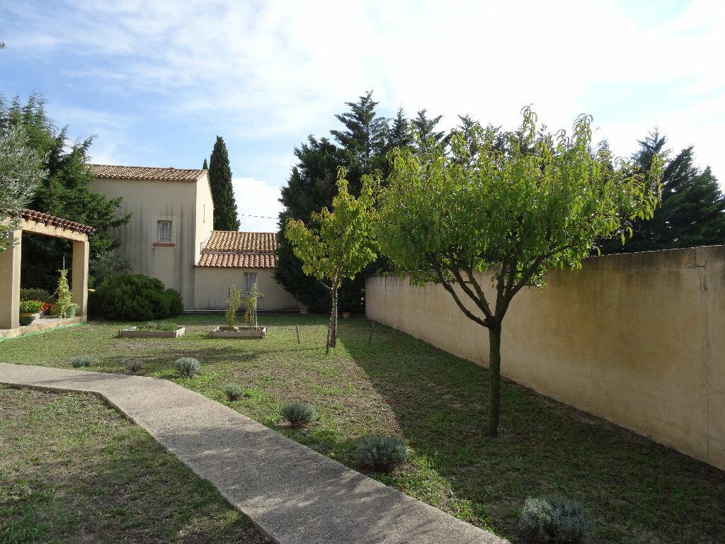 Achat Maison 4 pièces à Rochefort-du-Gard - vignette-7