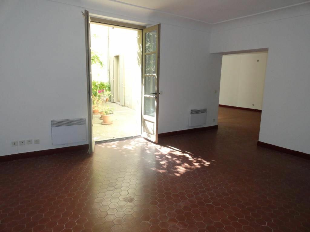 Achat Appartement 4 pièces à Avignon - vignette-1