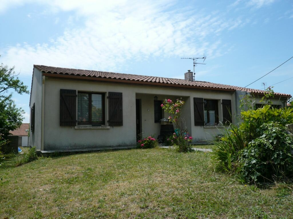Location Maison 4 pièces à Aytré - vignette-1