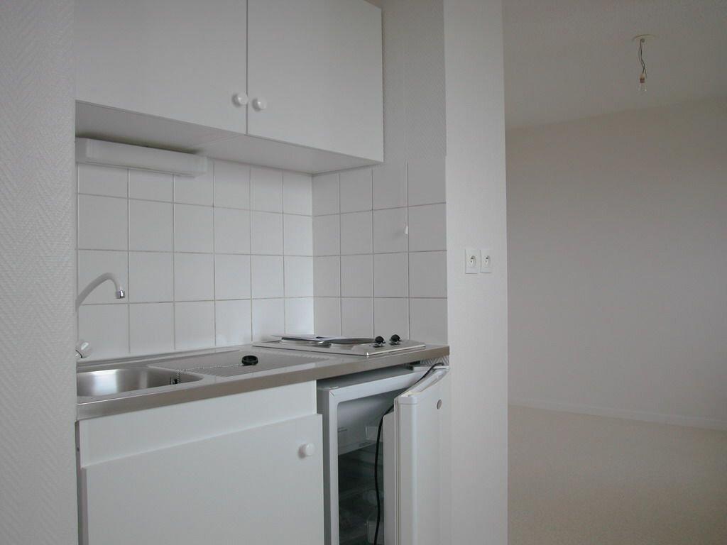 Achat Appartement 2 pièces à La Rochelle - vignette-4