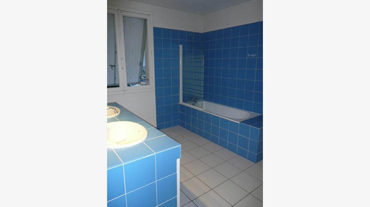 Achat Maison 4 pièces à La Rochelle - vignette-4