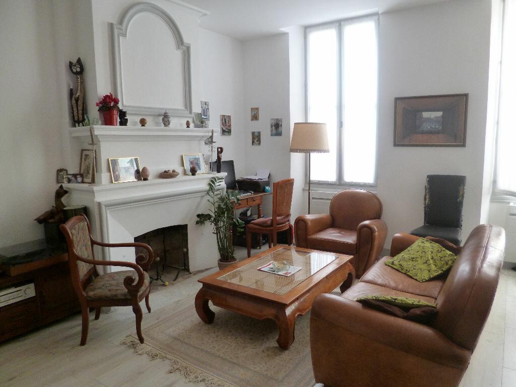Achat Appartement 4 pièces à La Rochelle - vignette-1