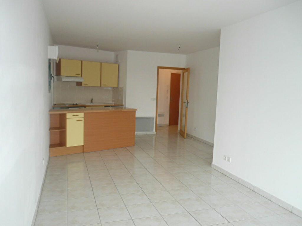 Location Appartement 2 pièces à La Rochelle - vignette-1