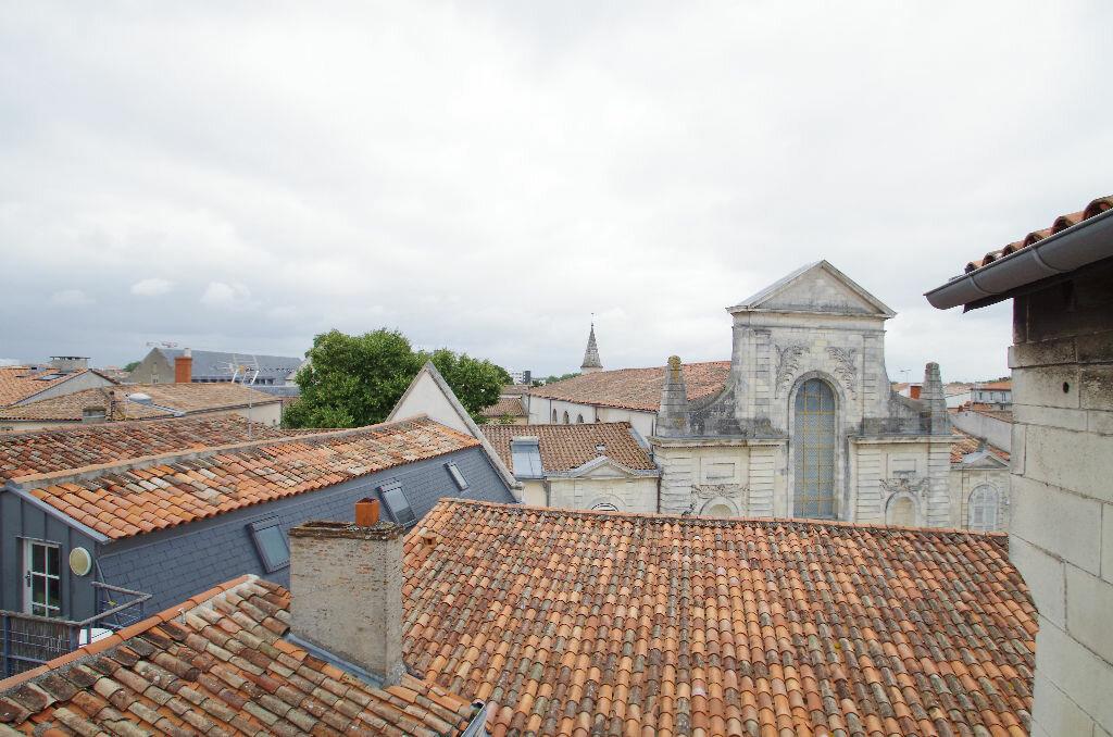 Achat Appartement 3 pièces à La Rochelle - vignette-15