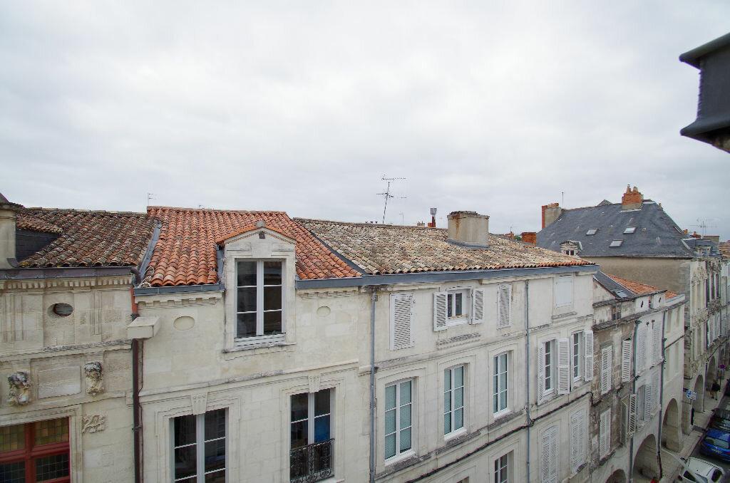 Achat Appartement 3 pièces à La Rochelle - vignette-16