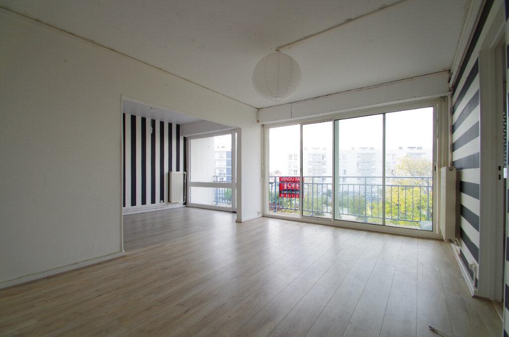 Location Appartement 5 pièces à La Rochelle - vignette-1