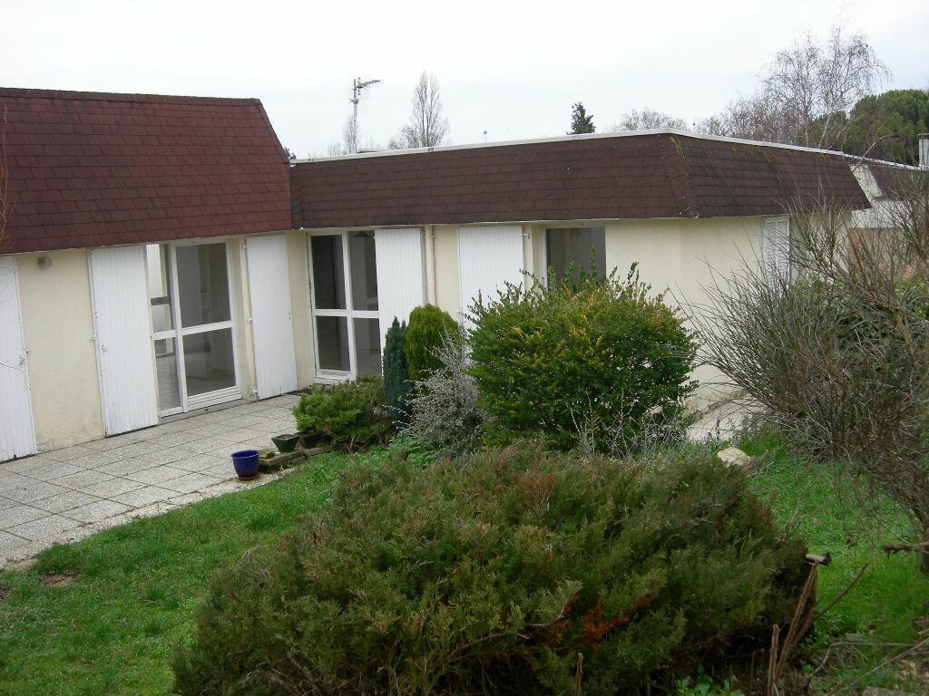 Location Maison 3 pièces à La Rochelle - vignette-1