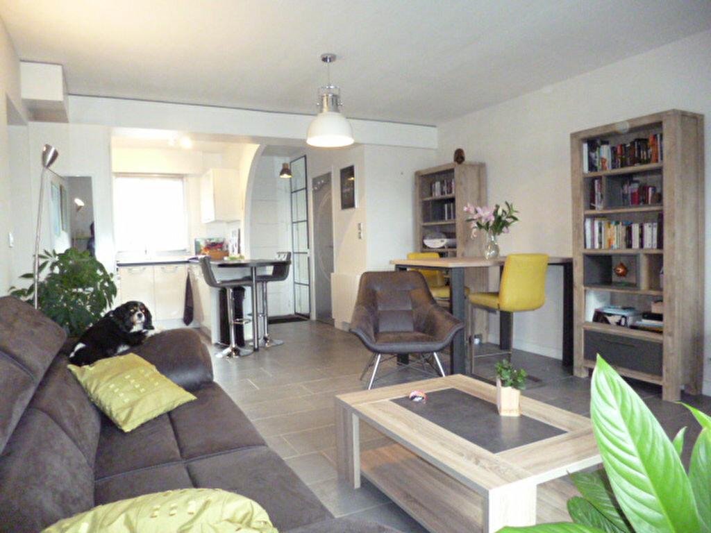 Achat Appartement 3 pièces à Puilboreau - vignette-2