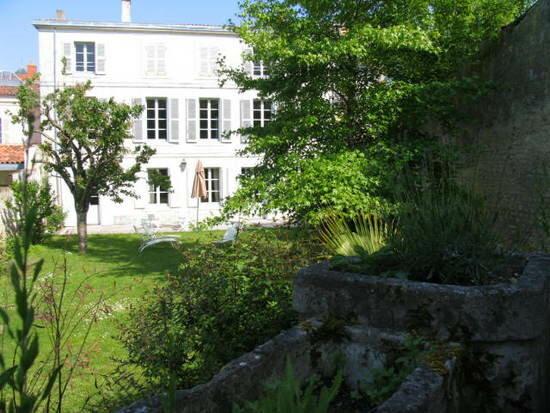 Achat Maison 14 pièces à La Rochelle - vignette-1