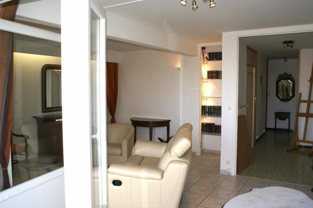 Achat Appartement 4 pièces à La Rochelle - vignette-3