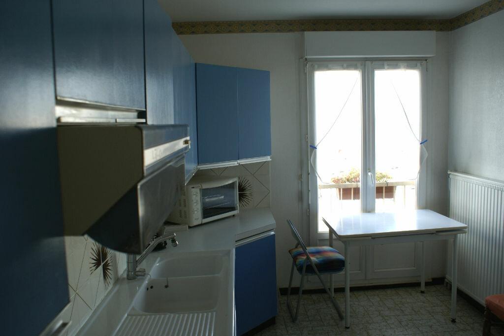 Achat Appartement 4 pièces à La Rochelle - vignette-8