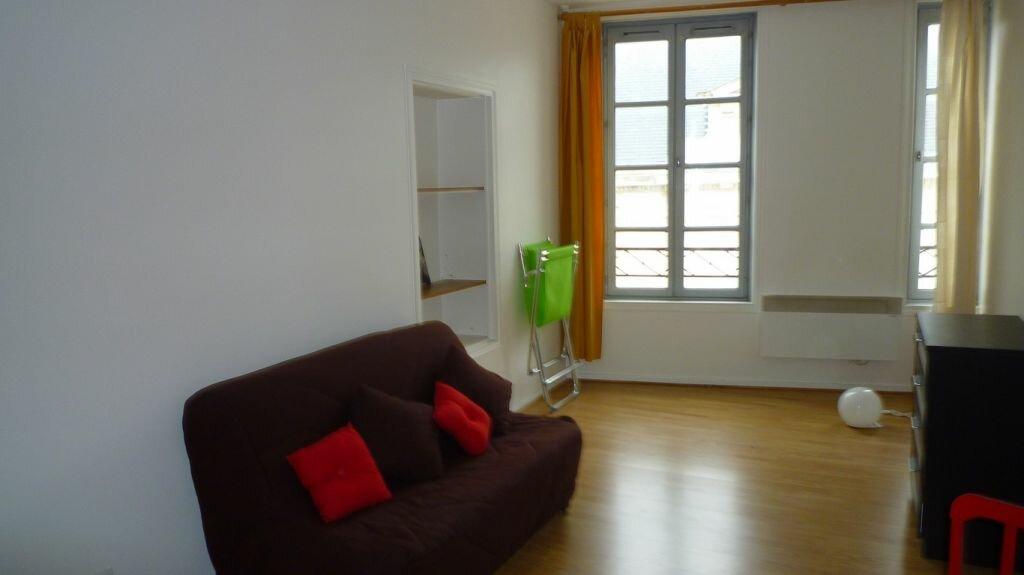 Achat Appartement 1 pièce à La Rochelle - vignette-2