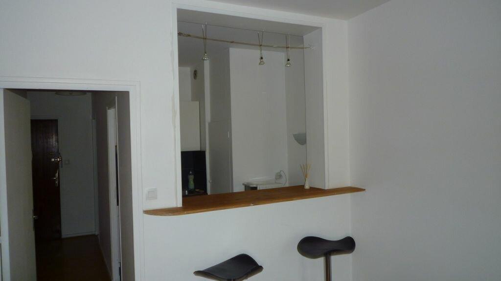 Achat Appartement 1 pièce à La Rochelle - vignette-3