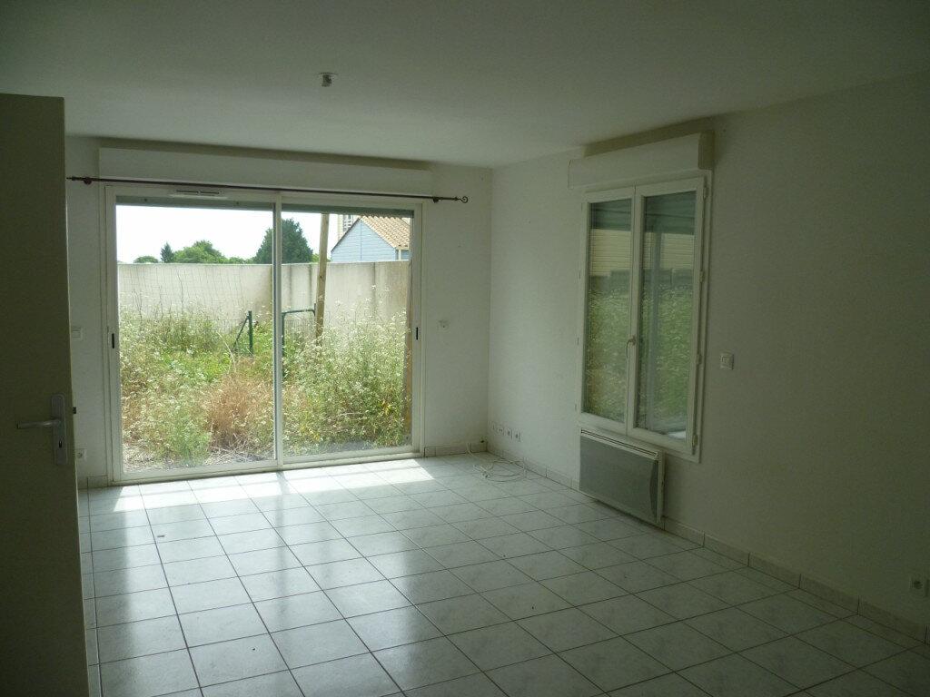 Location Maison 4 pièces à Saint-Sauveur-d'Aunis - vignette-1