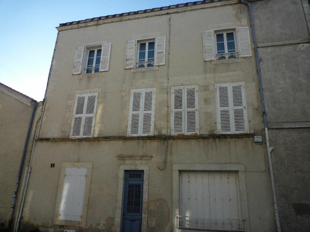 Achat Appartement 6 pièces à La Rochelle - vignette-1