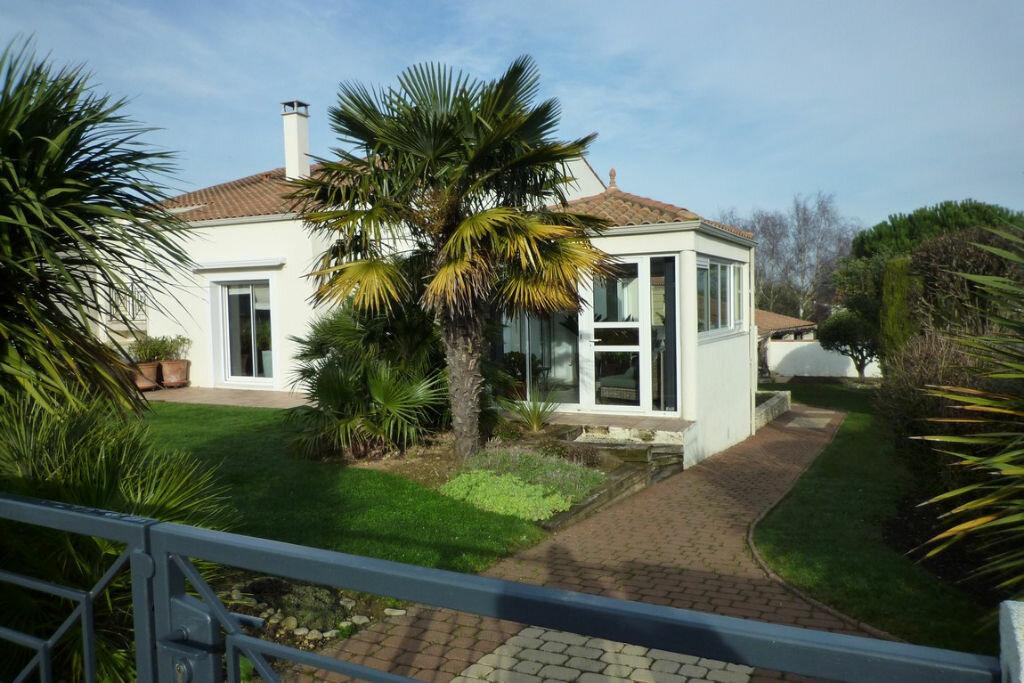 Achat Maison 6 pièces à Nieul-sur-Mer - vignette-1