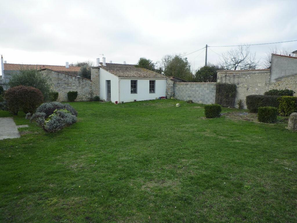 Achat Maison 5 pièces à Sainte-Soulle - vignette-3