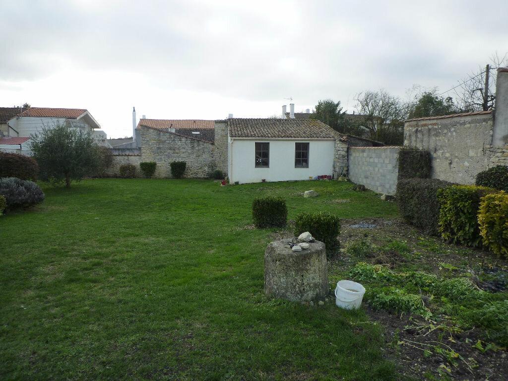 Achat Maison 5 pièces à Sainte-Soulle - vignette-4