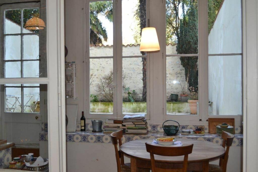 Achat Maison 7 pièces à La Rochelle - vignette-1