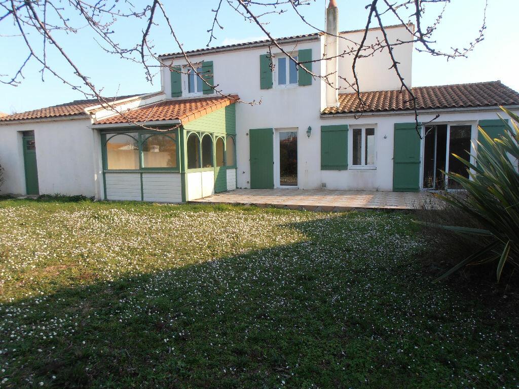Achat Maison 5 pièces à Nieul-sur-Mer - vignette-1
