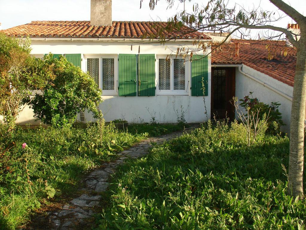 Achat Maison 4 pièces à Saint-Martin-de-Ré - vignette-1