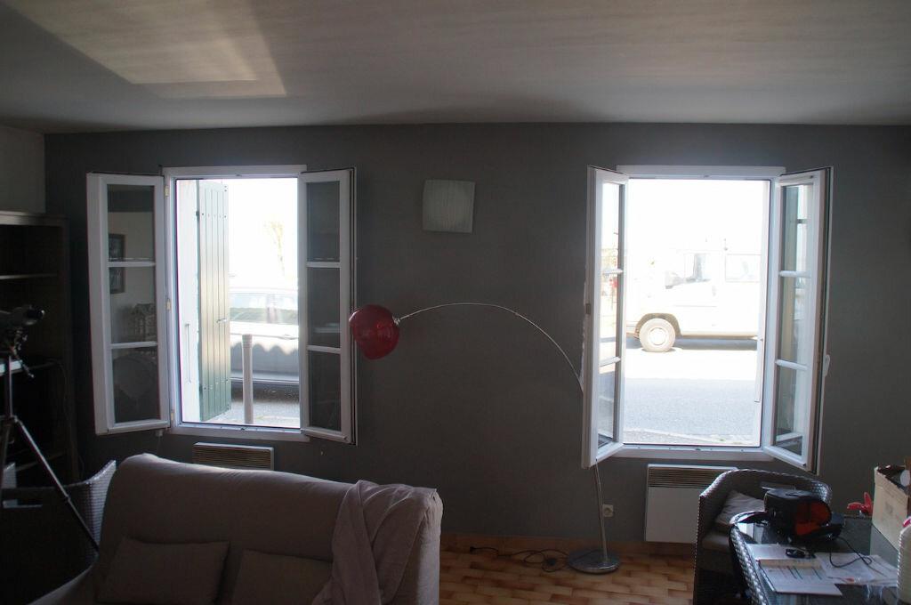 Achat Appartement 3 pièces à Rivedoux-Plage - vignette-2