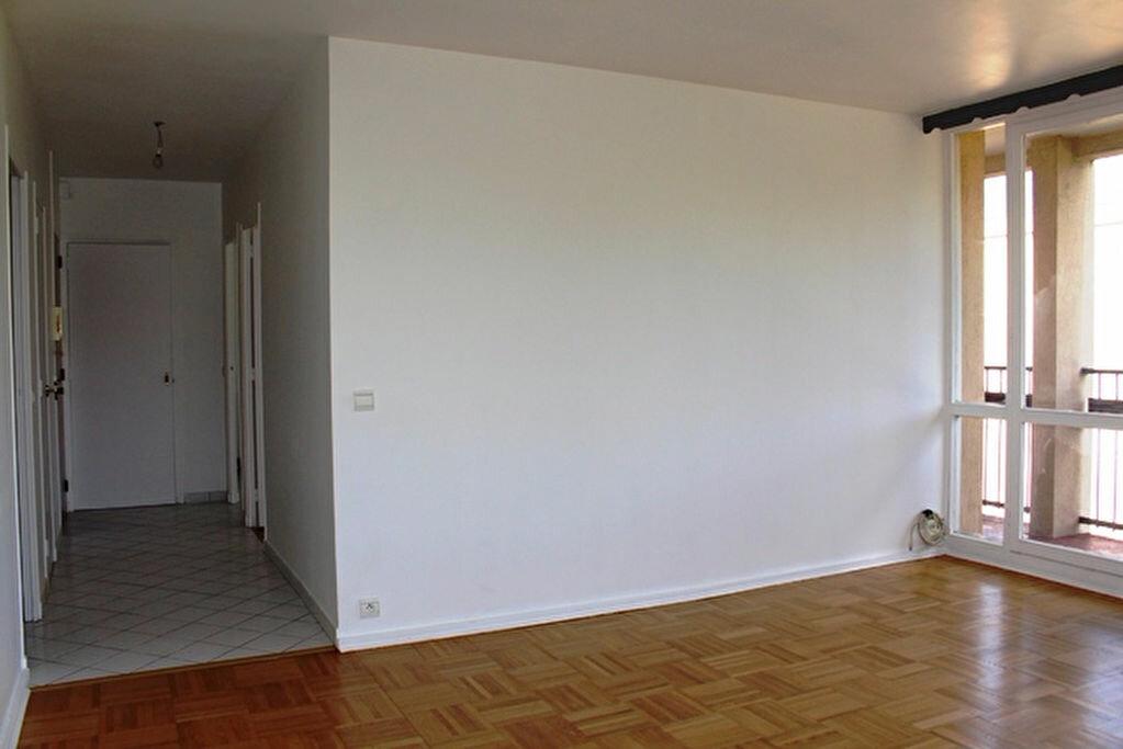 Achat Appartement 3 pièces à Oullins - vignette-2