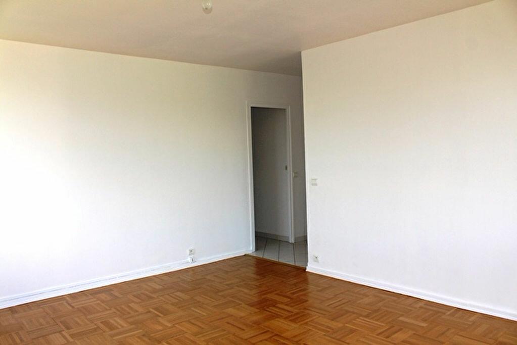 Achat Appartement 3 pièces à Oullins - vignette-4