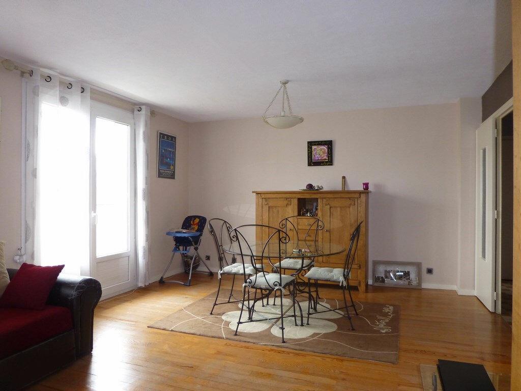 Achat Appartement 4 pièces à La Mulatière - vignette-1