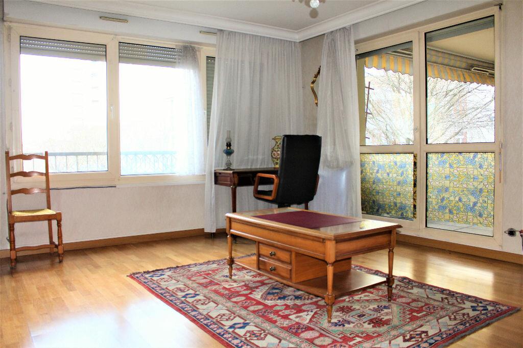 Achat Appartement 3 pièces à Oullins - vignette-1