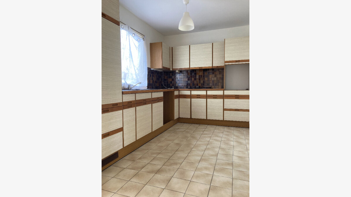 Location Appartement 4 pièces à Rillieux-la-Pape - vignette-1