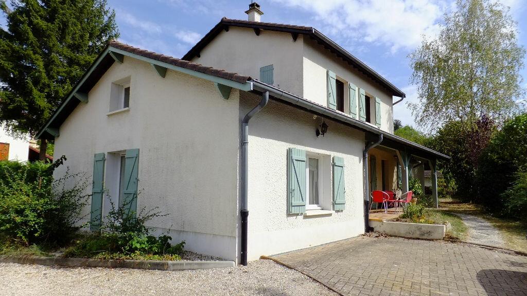 Achat Maison 8 pièces à Sathonay-Camp - vignette-1