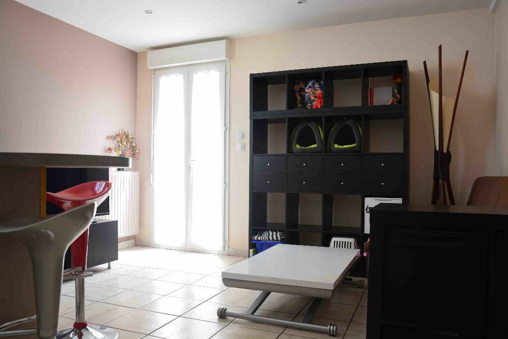 Achat Appartement 2 pièces à Rillieux-la-Pape - vignette-1