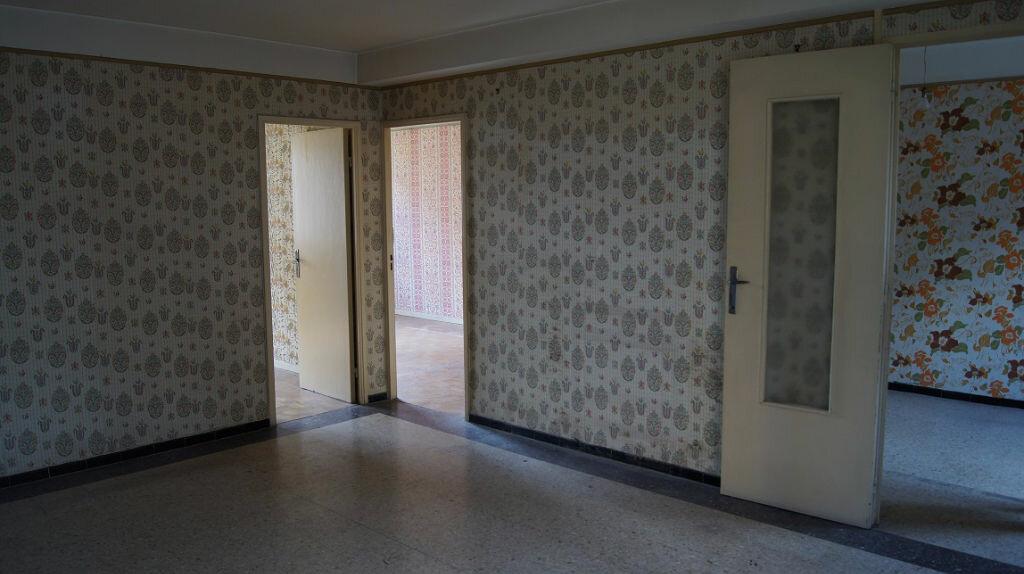 Achat Appartement 5 pièces à Sainte-Foy-lès-Lyon - vignette-1
