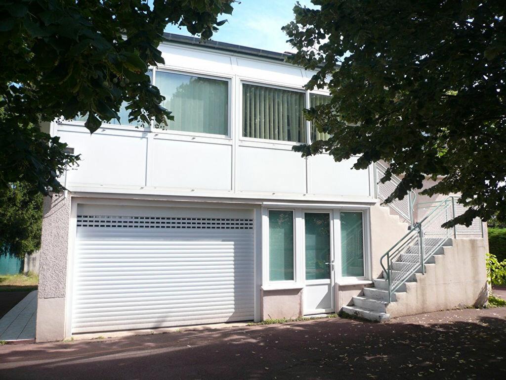 Achat Maison 5 pièces à Saint-André-de-Corcy - vignette-1