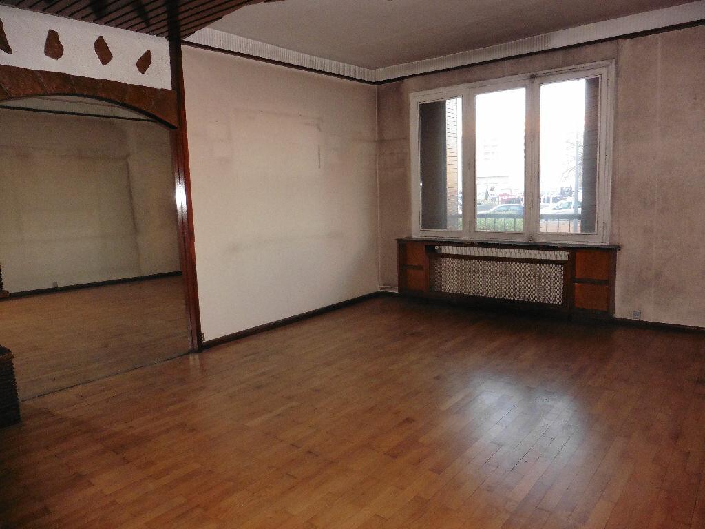 Achat Appartement 3 pièces à Villeurbanne - vignette-6