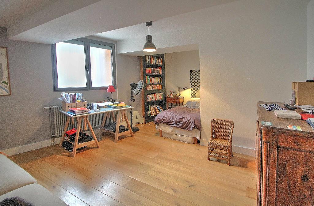 Achat Appartement 5 pièces à Lyon 4 - vignette-5