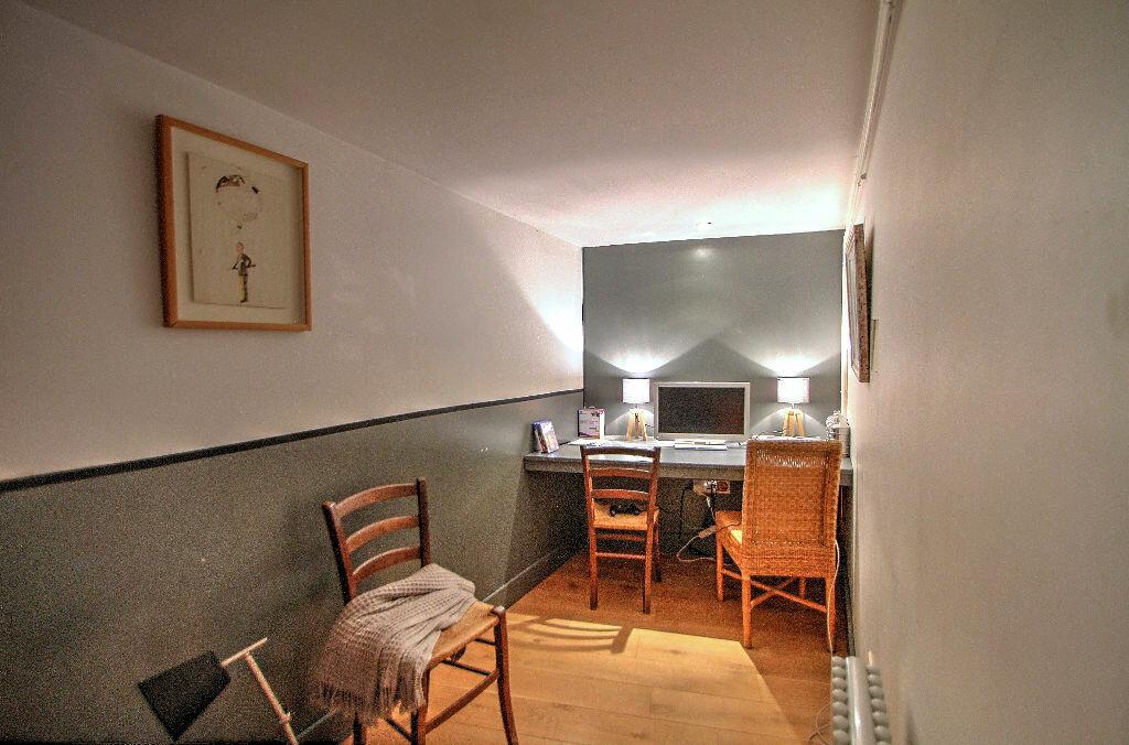 Achat Appartement 5 pièces à Lyon 4 - vignette-6