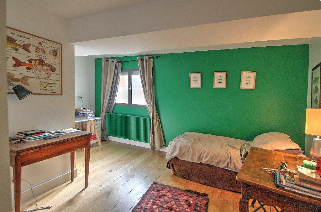 Achat Appartement 5 pièces à Lyon 4 - vignette-9